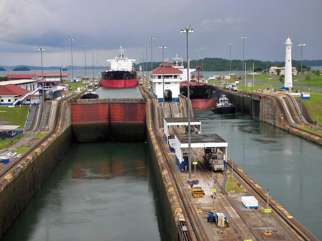Descending to Colon, Gatun Locks, Panama Canal
