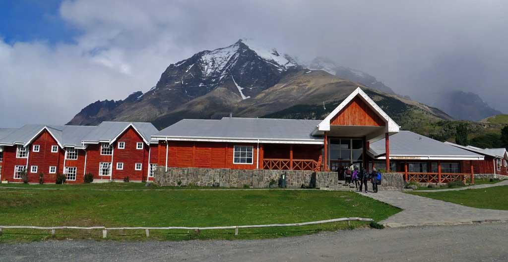 Hotel Las Torres Patagonia, start of Las Torres trail, Chile